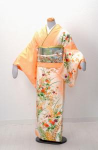 V-0008  ¥15,000 「季節を問わない花柄にモダンな色合い」  大幅値下げ → ¥13,000