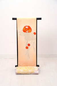 V-0003  ¥15,000 「淡い色合いに同系色の円が印象的」   大幅値下げ → ¥13,000